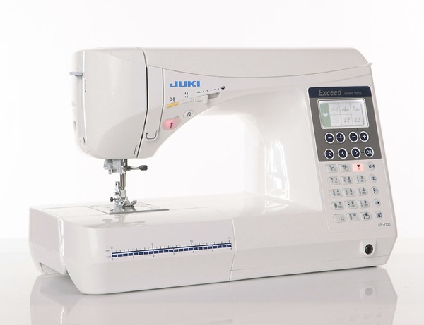 "Juki HZL F300 Exceed 105 Stitch Computer Sewing and Quilting Machine, 3 Fonts +$50 Knee Lift Lever + $50 Extension Table 12x24""nohtin"