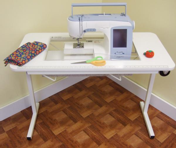 folding portable sewing machine table