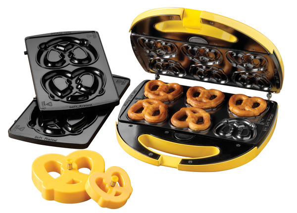 Nostalgia Electrics SPF200 Soft Pretzel Maker