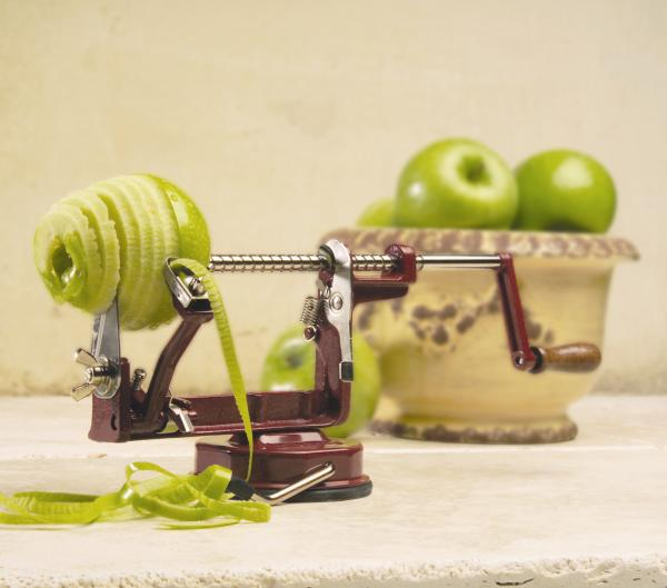 Back to Basics A505 Original Style Hand Crank Apple Potato Peeler with Suction Base, Red Coated Aluminum