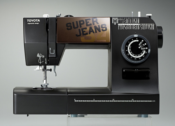 Toyota Super Jeans J34 34-Stitch Mechanical Sewing Machine with Buttonhole and Patented Glider Foot Over Seamsnohtin