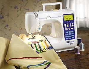 White W3100 Full Size Computer Sew Machine 50 Stitch, Mirror Image, 3 Fonts, 12 Feet/Walking, Start/Stop, Speed, Needle Up/Down. Drop Feed, Case&Video