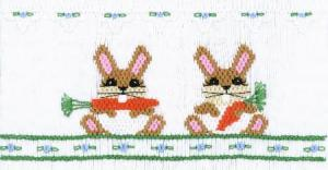 Cross-eyed Cricket CEC144 Buck Tooth Bunnies  Smocking Plate