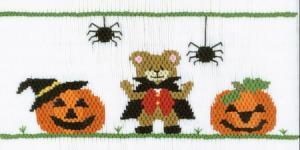 Cross-eyed Cricket Halloween Delight #159 Smocking Plate