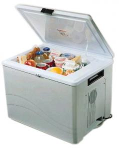 Koolatron P75 Kool-Kaddy Cooler (12V), 36 Quart Capacity