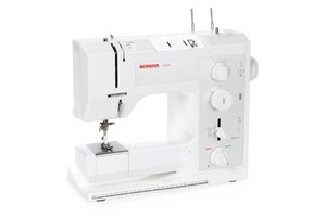 Bernina 1008 17 Stitch Mechanical School Sewing Machine, Buttonhole, Variable Width and Length