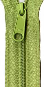 Patterns by Annie ZIP24-200 Apple Green Zipper