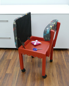 Arrow 6106 Red or 6109 Blue Sewing Chair Wooden, Cat's Meow