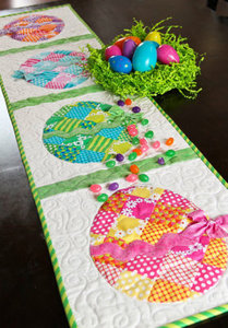 56844: Shabby Fabrics SF48575 Patchwork Easter Egg Table Runner Pattern