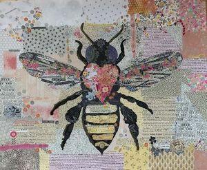 93389: Fiberworks FWBEE Honey Bee Collage Quilting Pattern by Laura Heine
