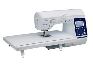 94813: Brother Pacesetter PS700 Sewing & Quilting Machine, 180 built-in sewing stitches, Quilters Bundle (a $300 value)