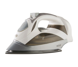 Brentwood MPI-59W Steam Iron With Retractable Cord - White