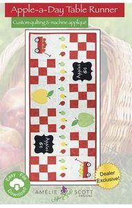 Amelie Scott Designs ASD241 Apple-a-Day Table Runner
