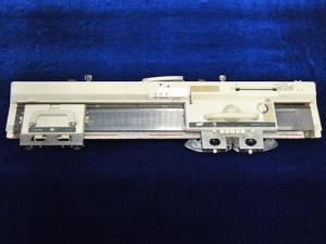 25606: Taitexma TH860 20 Punchcard 4.5mm Knitting Machine, K +Lace Carriages (KH860)