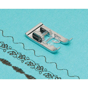 6748: Brother XD0810031 Transparent See Thru Foot N for up to 7mm Wide Zigzag