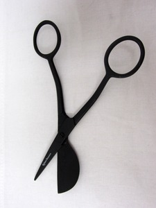 "40886: Quilter's Resource QR1210 Black Plated 6"" Applique Scissors 1-3/4"" Blade"