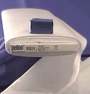 Pellon Heavy Wonder-Under #725 17  x 25yd Bolt Fusible Web with Double Adhesive Interfacing