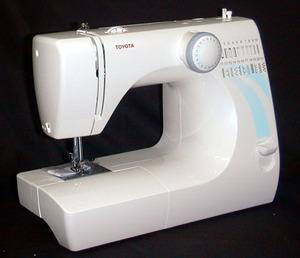 Toyota STF17 17 Stitich Sewing Machine