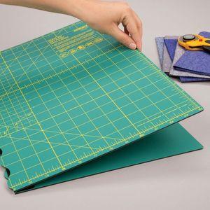 83164: Olfa FCM1119734 17in X 24in Folding Cutting Mat