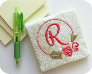 82407: Embroidery Garden Note Holders & Credit Card Wallets in the Hoop Embroidery Design CD and Instruction