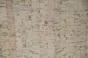 85230: Eversewn VL15ML1 Milky Cork Skin Fabric 1 Yard Roll x 27""