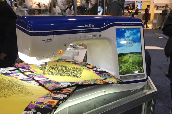 Brother Seminar XV440D Dream 440440x440 Embroidery Sewing Machine 40 Stunning Sewing Machine Dream