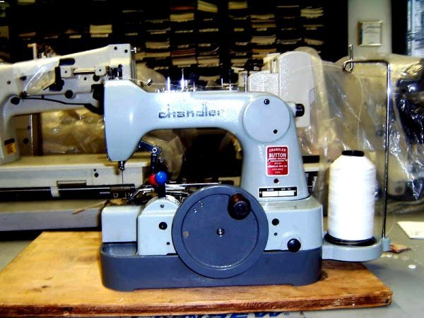 Chandler CM400 Hand Crank Operated 400Second 400Stitch 40040 Hole Delectable Chandler Button Sewing Machine 471